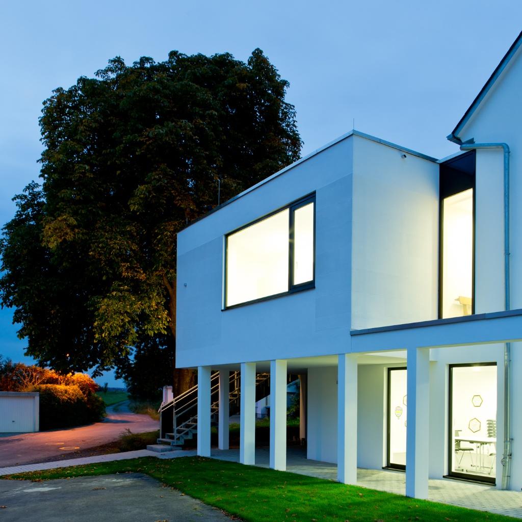 Lothar opfer schreinerei fensterbau neubau for Fenster neubau